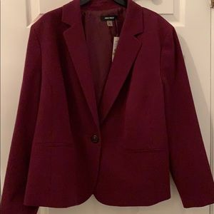 Woman's Nine West blazer  purple size 18w plus